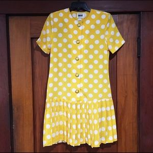 Yellow Polkadot 80s Dress 🌼